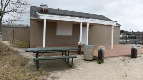 Concession stand at South Jamesport Beach in Jamesport