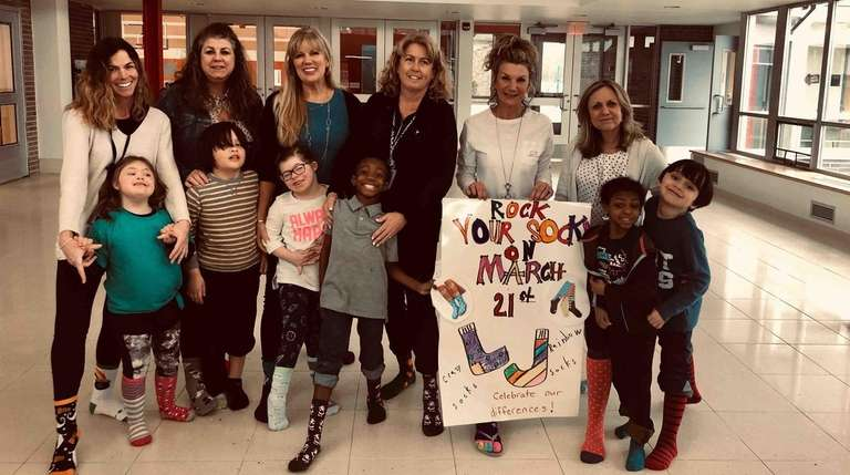 Students and staff at Babylon Elementary School celebrated
