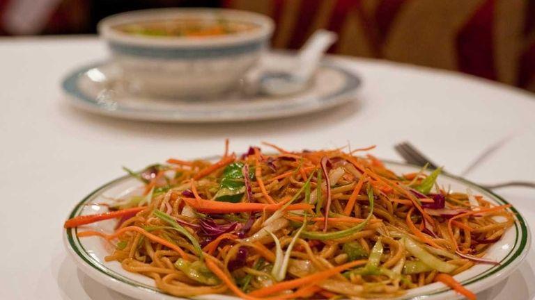 Hakka noodles as served at Masala Wok &