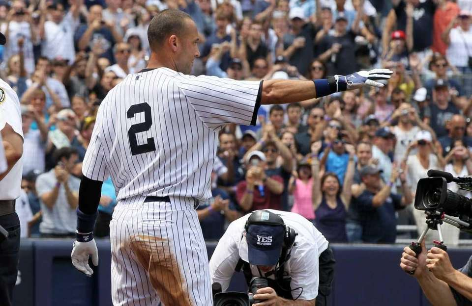 Derek Jeter 2 of the New York Yankees