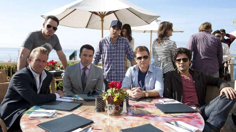 ENTOURAGE episode 89 (season 8, episode 1): Scott