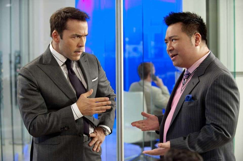 Ari Gold (Jeremy Piven) and Lloyd (Rex Lee)