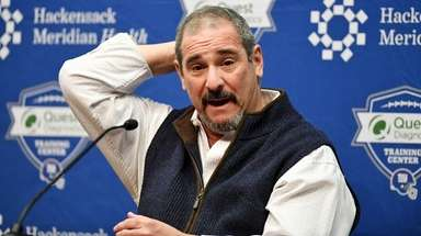 Giants GM Dave Gettleman answers questions on Jan.