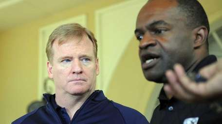 NFL commissioner Roger Goodell, left, and National Football