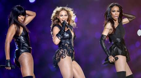 Kelly Rowland, left, Beyoncée and Michelle Williams of