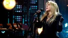 """Stevie Nicks performed """"Edge of Seventeen"""" at the"""
