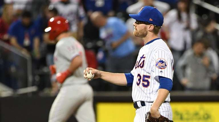Rhys Hoskins and the Phillies got their revenge on Mets