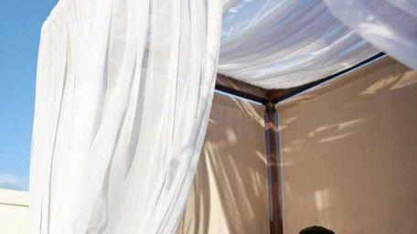 Chand Sharma, left, and Emrun Adi dine at