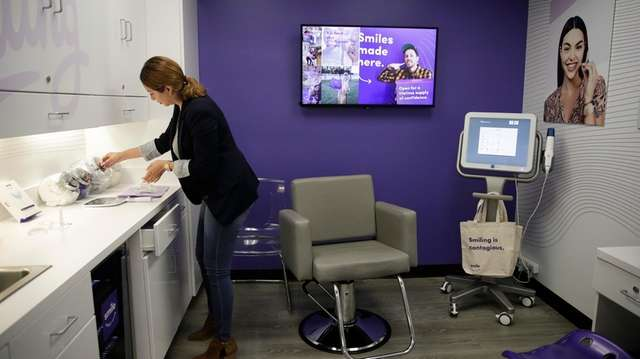 Cvs Moves Into Dental Care With Teeth Straightening Service Newsday