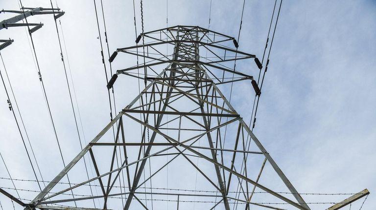 LIPA power lines along Motor Lane in Bethpage