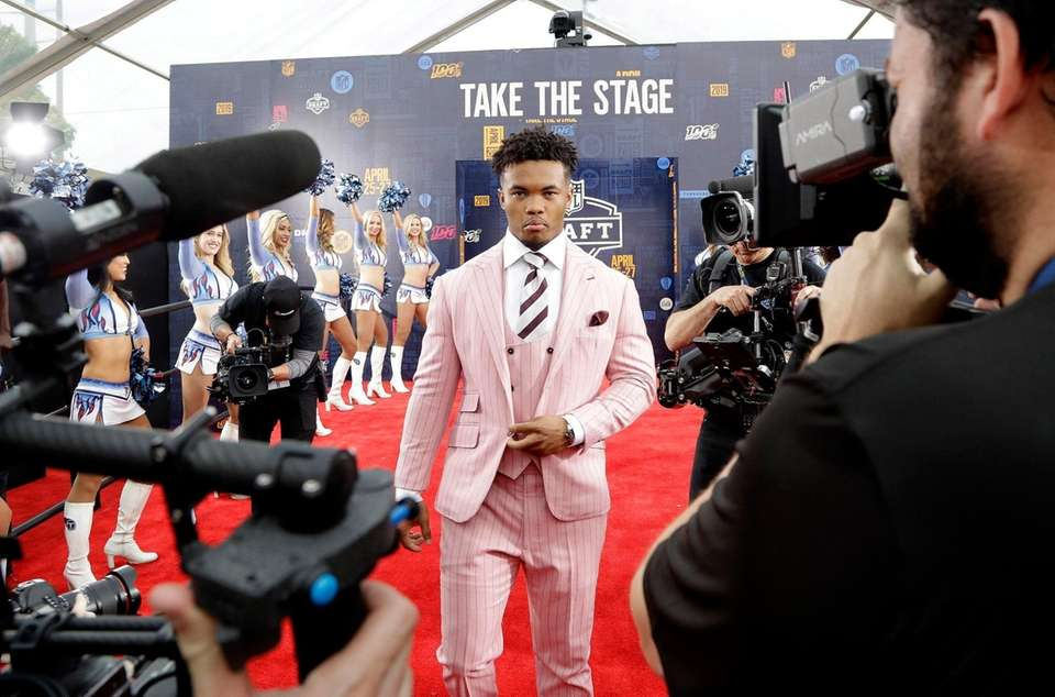 Oklahoma quarterback Kyler Murray walks the red carpet