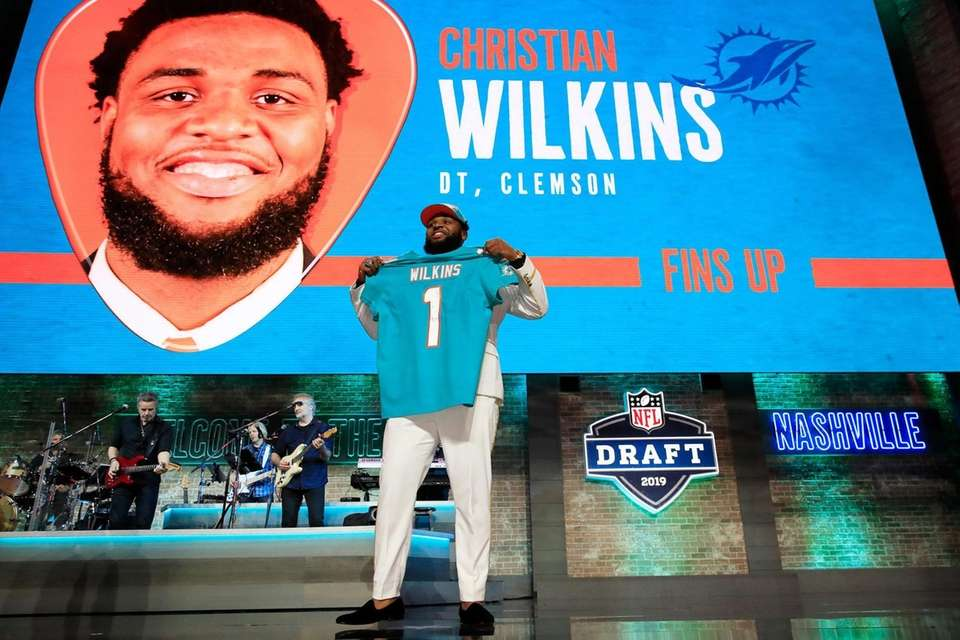 NASHVILLE, TENNESSEE - APRIL 25: Christian Wilkins of