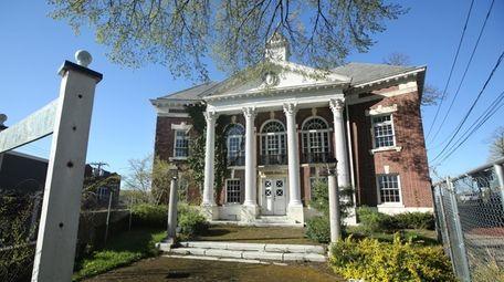 The old Huntington Town Hall on Main Street,