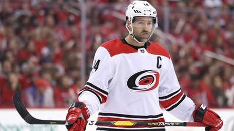 Justin Williams of the Hurricanes against the Capitals