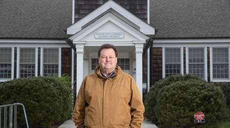 David Eagan, president of the Wainscott district's school