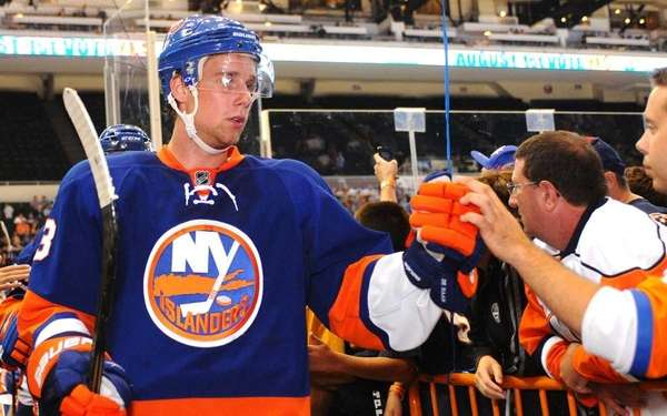 New York Islanders Blue Team defenseman #3 Calvin