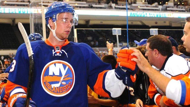 New York Islanders Blue Team defenseman #3 Calvin
