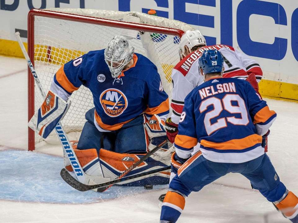 New York Islanders' goalie Robin Lehner making a