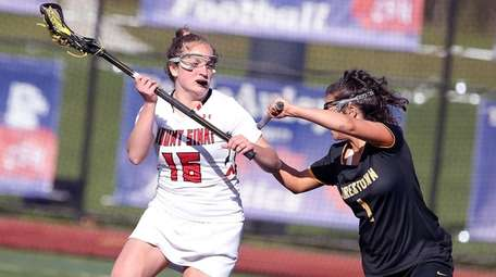 Mt. Sinai's Morgan Mitchell in control during a