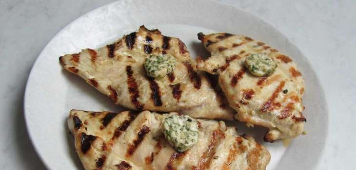 Compound butter with lemon and herbs adds flavor
