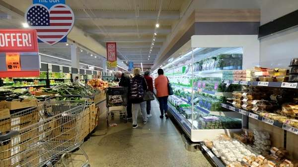 A look inside a Lidl grocery store