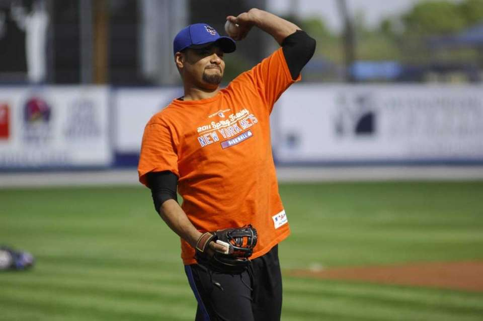 Undate photo of Mets pitcher Johan Santana during