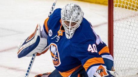 Islanders goalie Robin Lehner making a stop against