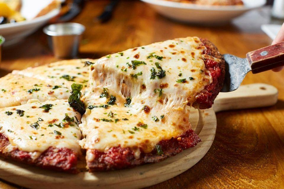 Chicken Parm pizza, Viaggio Italian Chophouse, Rockville Centre,