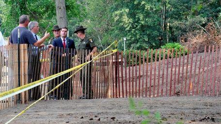 Investigators at scene, including then-Suffolk County Police Commissioner