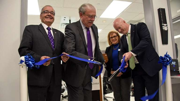 From left, Assemb. Anthony D'Urso; John D. Kemp,