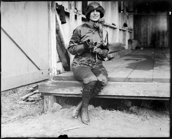 Harriet Quimby poses for a photo circa 1911.