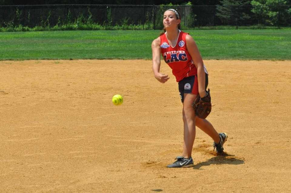 Ashley Massoni, pitcher for the Levittown Slammers softball