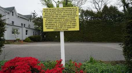 Some Roslyn Heights residents are opposed to a
