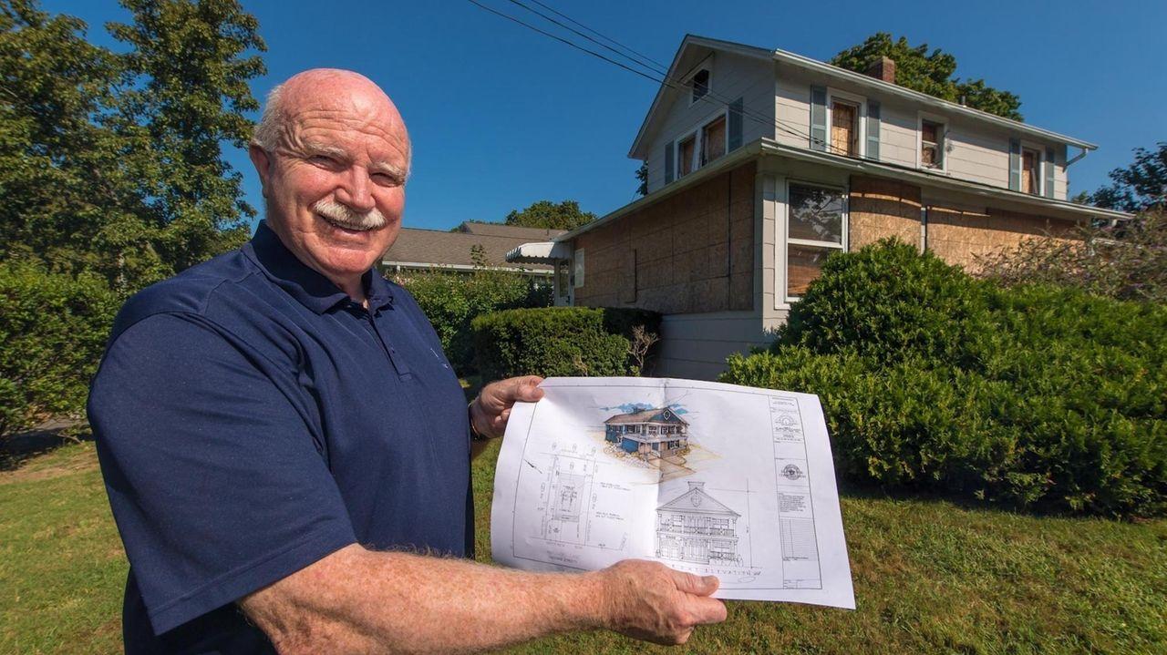 Northport trustee and former deputy mayor Tom Kehoe