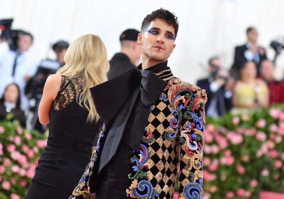 Actor Darren Criss arrives for the 2019 Met