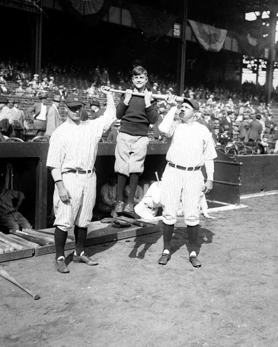 1927 YANKEES Record: 110-44 Manager: Miller Huggins Won