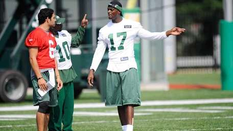 Plaxico Burress #17 of the New York Jets