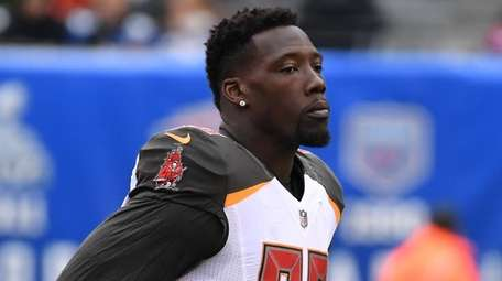 Buccaneers defensive end Jason Pierre-Paul runs to the