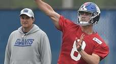 Giants quarterback Daniel Jones throws a pass as