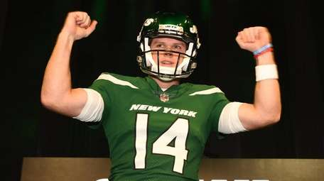 Jets quarterback Sam Darnold shows off the Gotham