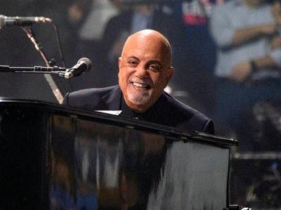 "Musical Birthday Greeting Card plays  /""PIANO MAN/"" Billy Joel"