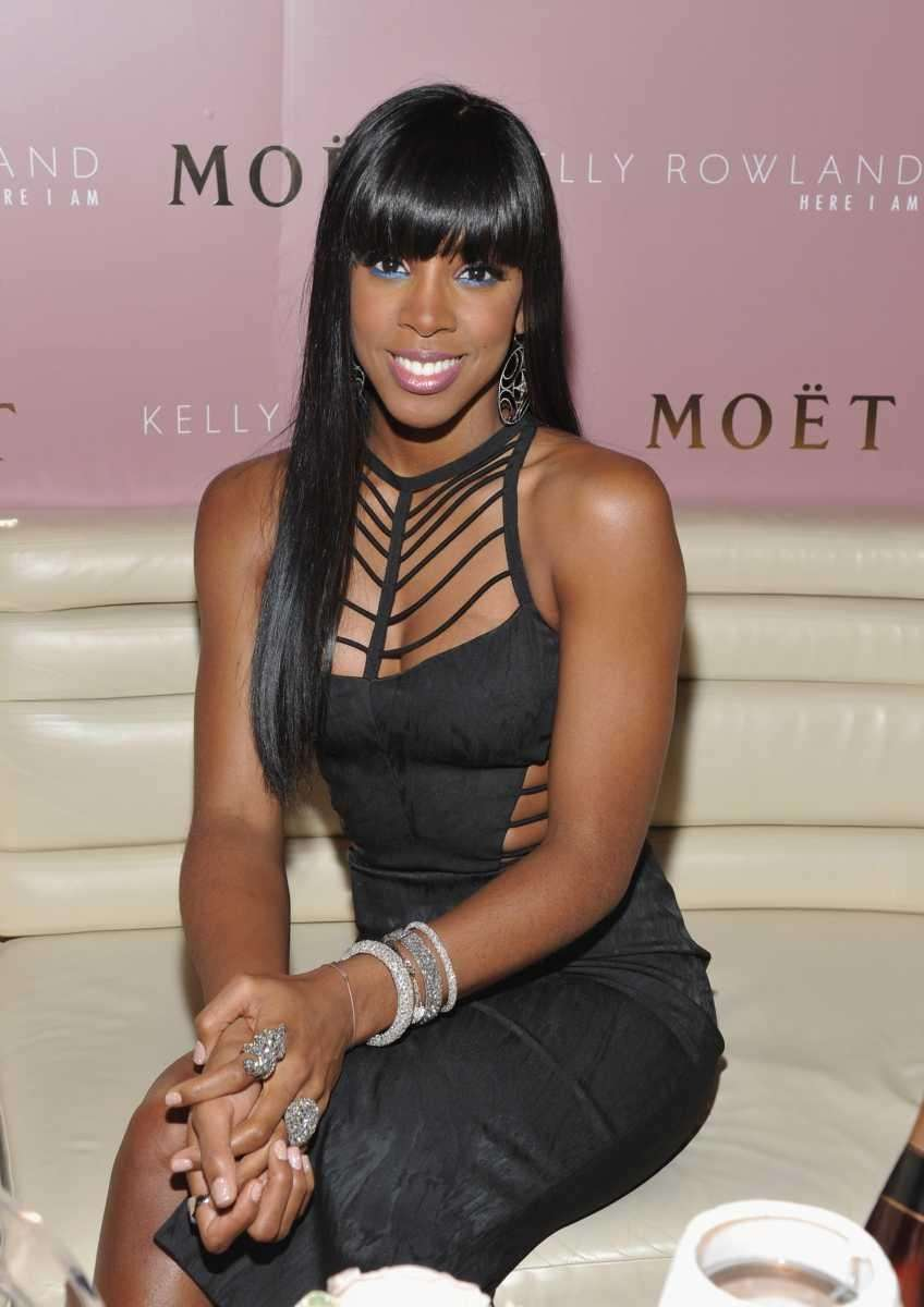 Singer Kelly Rowland at the Moet Rose Lounge
