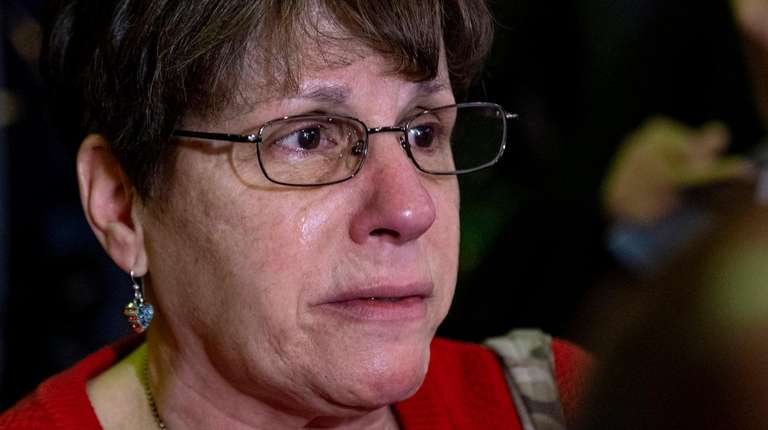 Lisa Ryan of Hicksville, sister of fallen NYPD