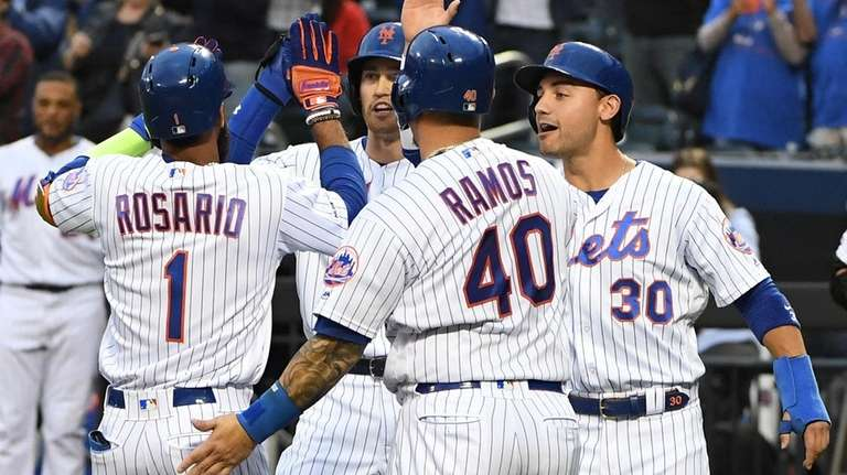 Mets score eight runs in first inning to rout Marlins | Newsday
