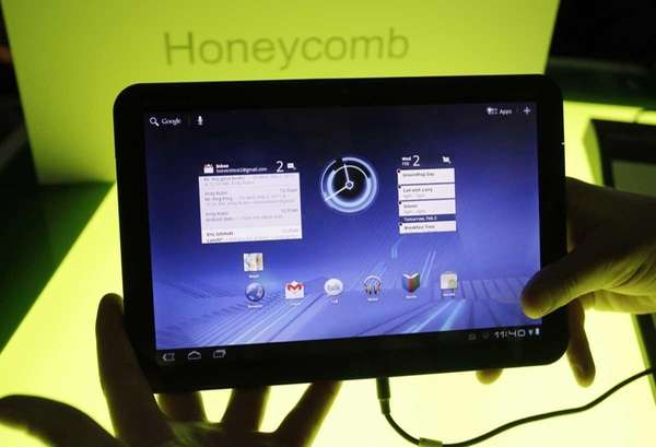 A Motorola Mobility Xoom tablet is shown at