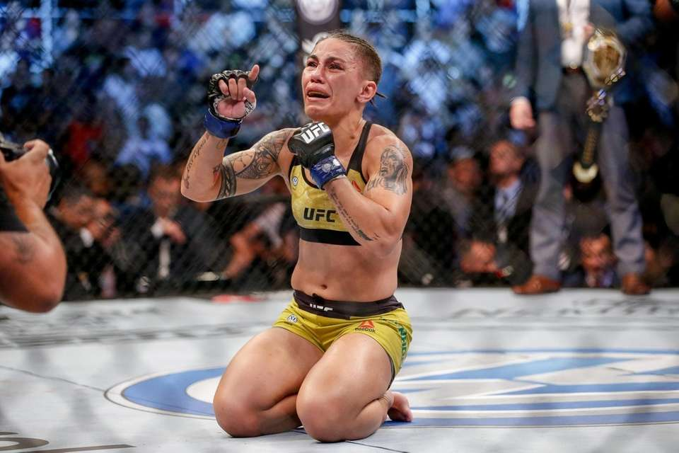 Jessica Andrade celebrates after her knockout victory over