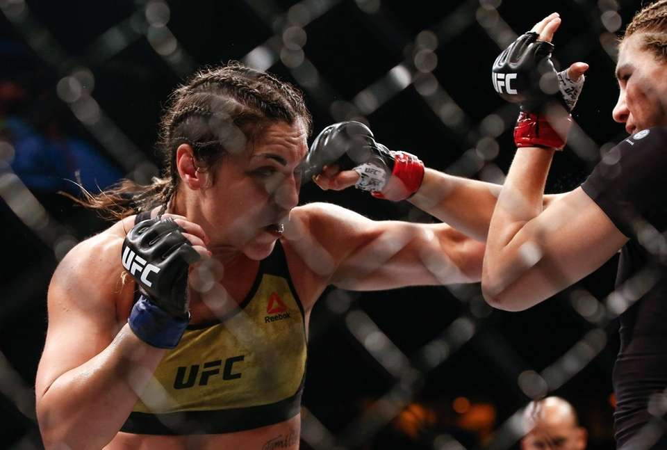 Bethe Correia and Irene Aldana trade punches in