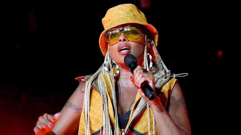 Mary J. Blige teams with Nas on