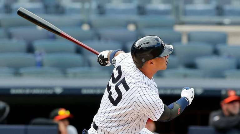 Gleyber Torres hits three home runs in Yanks' doubleheader sweep of Orioles