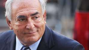Former IMF director Dominique Strauss-Kahn enters a Manhattan